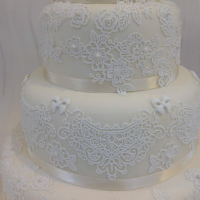 8 Best Images About Cake Lace And Sugarveil On Pinterest