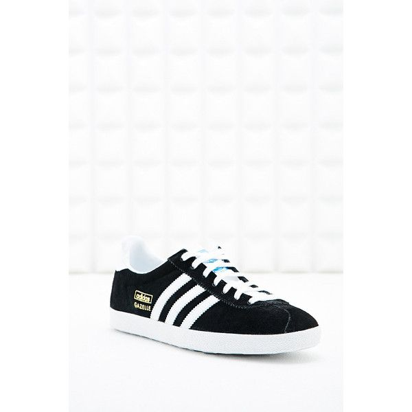 adidas Originals Gazelle Black Suede Trainers (640 DKK) ❤ liked on Polyvore featuring shoes, sneakers, black, black suede sneakers, black shoes, black sneakers, black suede shoes and kohl shoes