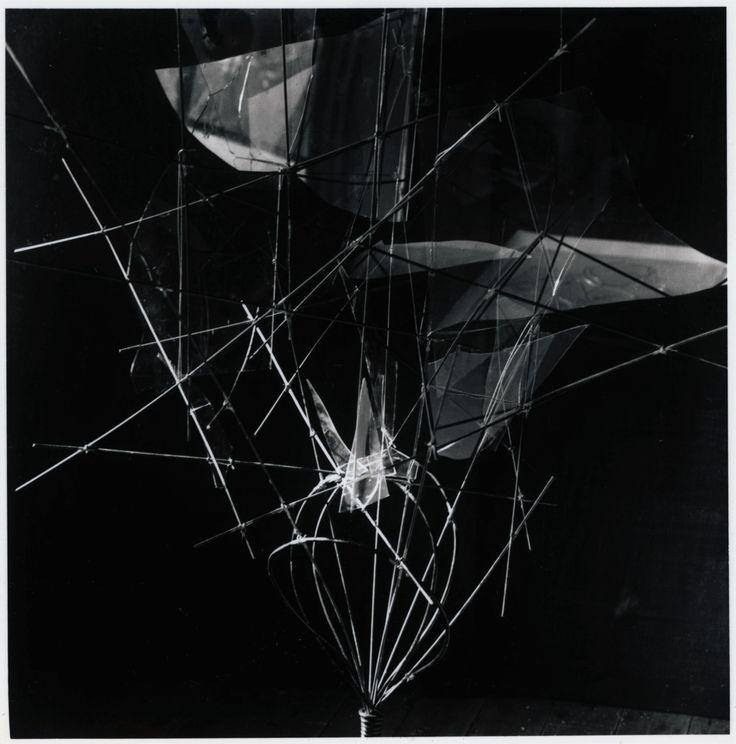 山本悍右 3D work  1958  Kansuke Yamamoto,exhibited at the ESPACE exhibition 1958, Nagoya, now lost. ©Toshio Yamamoto.