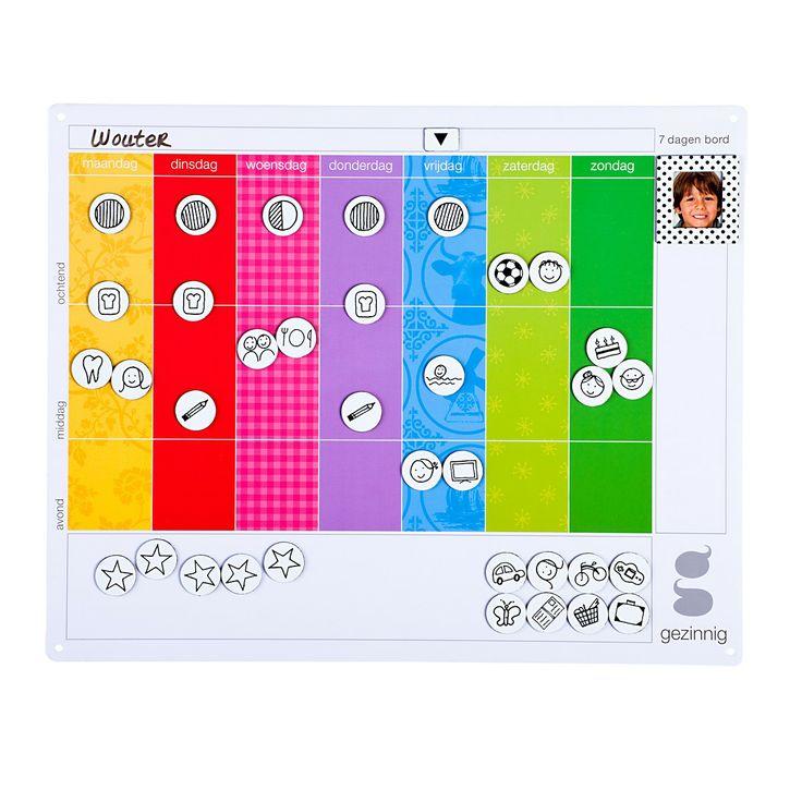 7 dagen bord - Mam, welke dag is het vandaag? Dit kleurrijke planbord geeft houvast hoe de week er uit ziet. Meer rust, zelfstandigheid en plezier voor je kind! De weekplanner is 30 x 24 cm. Inclusief 80 magneetjes met eenvoudige afbeeldingen van personen en activiteiten.
