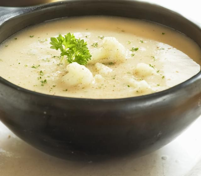 This vegetarian and vegan recipe for cauliflower soup is very low in fat and is a low-calorie vegetarian recipe. Using vegetable broth, vegan margarine and bay leaves to add flavor instead of butter gives this low-fat vegetarian soup recipe just two grams of fat per serving. Vegetarian, vegan, and gluten-free.