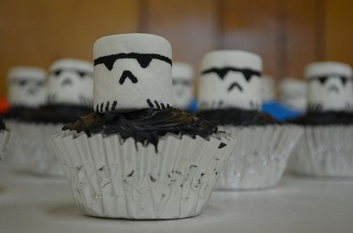 Stormtrooper Cupcakes Star Wars party food idea - very clever and cute