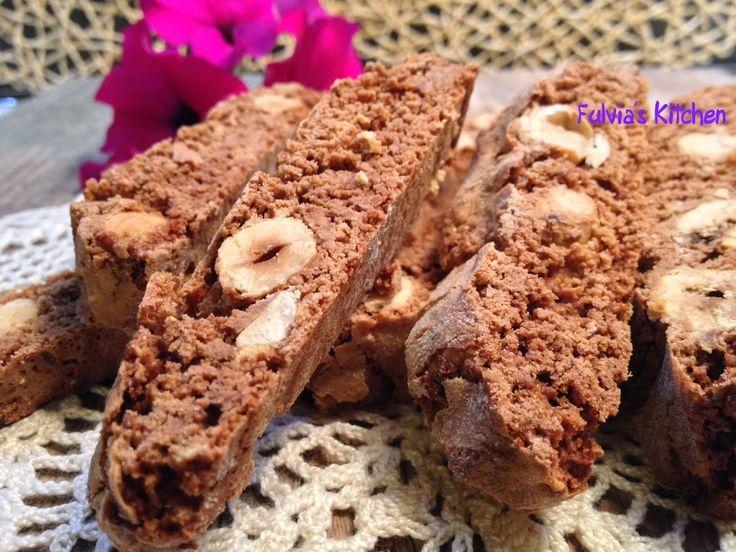 Tozzetti alle nocciole e cioccolato
