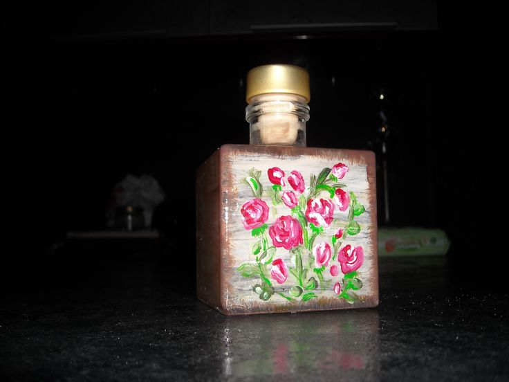 Drink the liquor and enjoy painting the bottle! Mix temperas and glass colors!!!