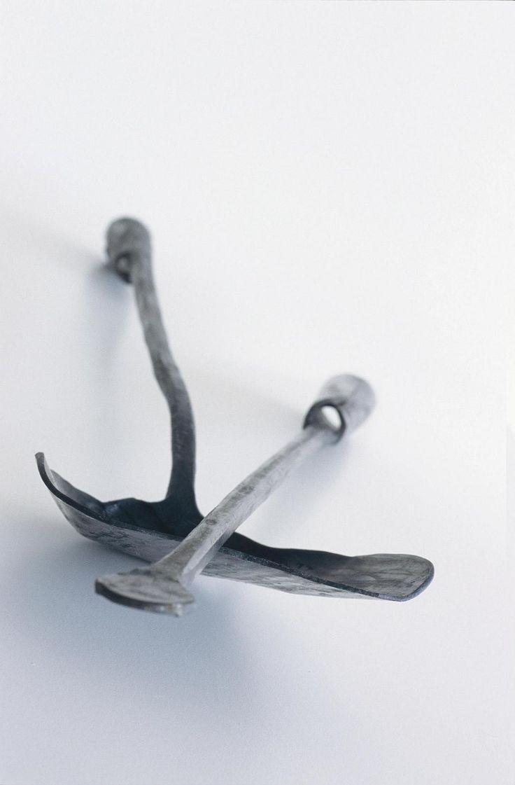 Akcesoria kominkowe z kolekcji Ferro e Fuoco zachwycają formą i kształtem.