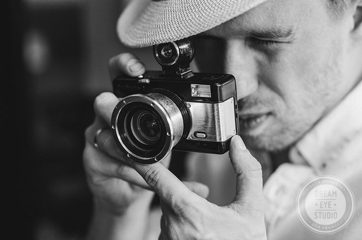 http://dreameyestudio.pl/  #dreameyestudio #oldcamera #vintage #paris #photographer #blackandwhitephotography #photography