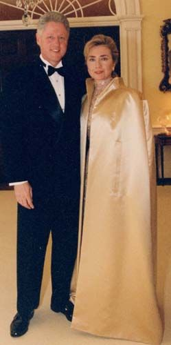 Bill and Hillary Clinton, 1997 inaugural.  Love the coat on this one too.