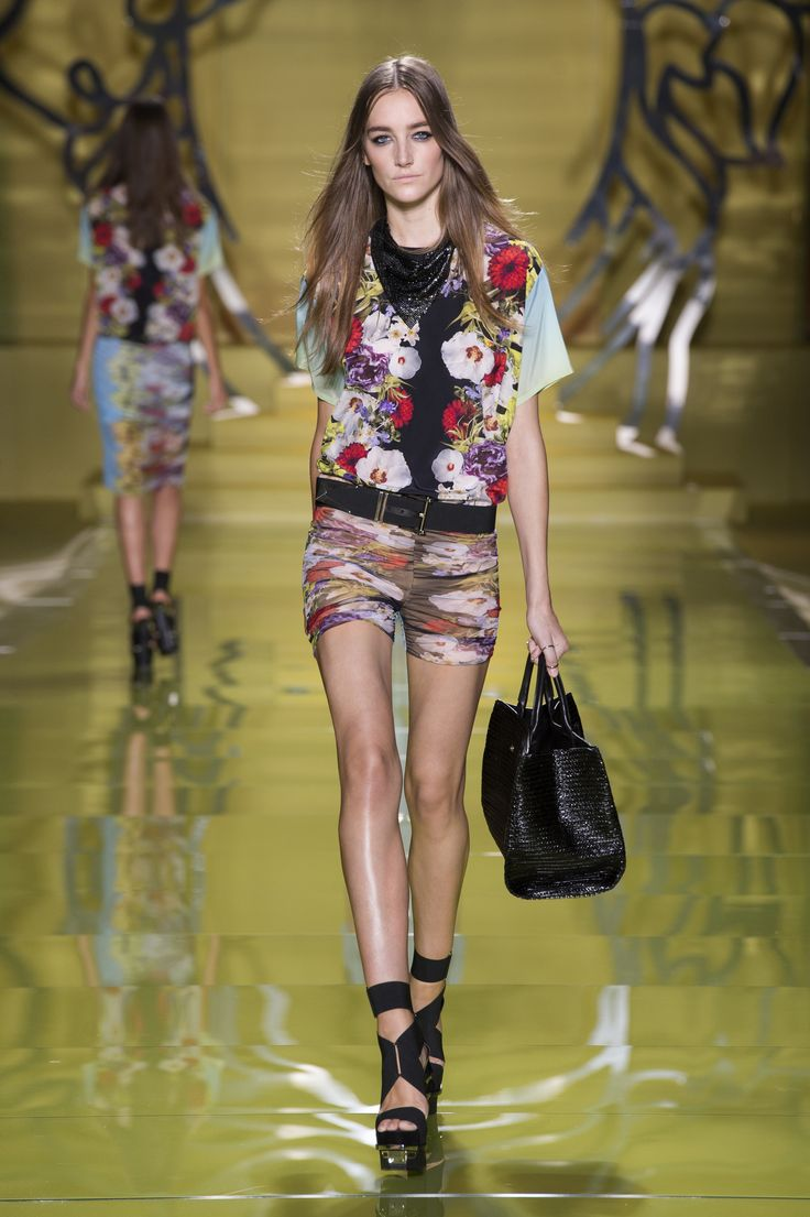 Versace Women 39 S Collection Spring Summer 2014 Versacelive Versacess14 Fashion Pinterest