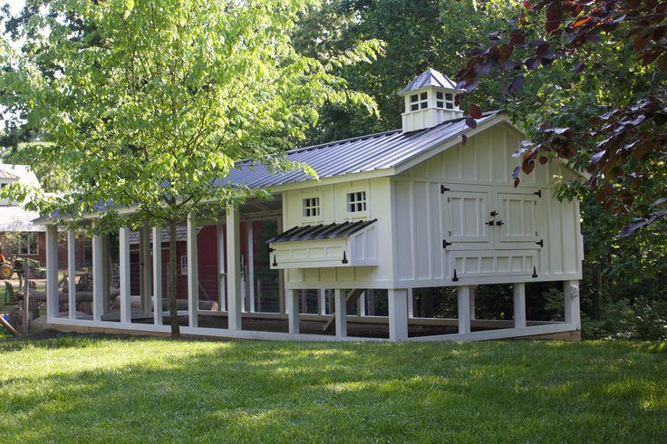 Beautiful custom chicken coop.  6x10 henhouse with a 10x30 run