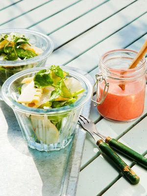 【ELLE a table】うどとたけのこのサラダ いちごドレッシング添えレシピ|エル・オンライン