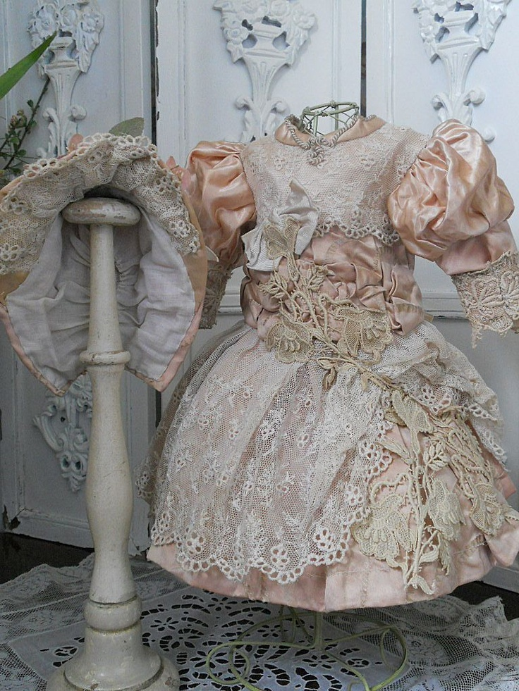 ~~~ Pretty Antique French Rose Silk Dress with Bonnet ~~~