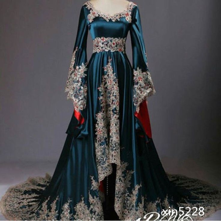 2016 Medieval Dark Blue Bridal Gown Long Sleeve Long Sleeve Lace Wedding Dresses