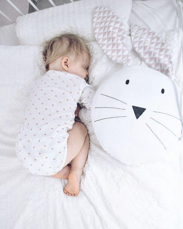 Großes Hasenkissen in Weiß zum Kuscheln, Kinderspielzeug / big bunny pillow in white, children's soft toy made by Mausi&Co. via DaWanda.com