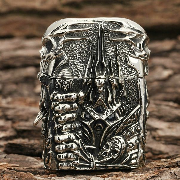 Japanese Handcraft Master Tibetan Silver Lich King Jacket Zippo Lighter