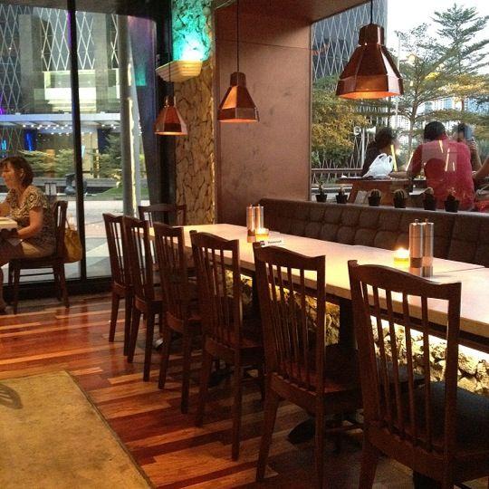 Bluegrass Bar & Grill in Jakarta Selatan, Jakarta. Komplek Rasuna Epicentrum