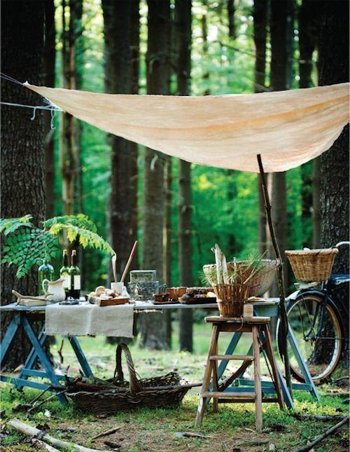 可愛いキャンプを演出する、キャンプデコレーション写真