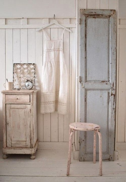 Salvaged Door Ideas   EN MI ESPACIO VITAL: Muebles Recuperados Y Decoración  Vintage