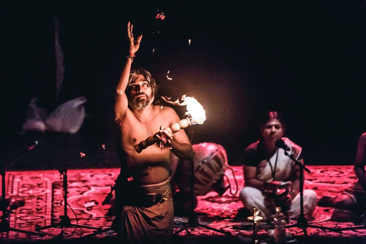 Finale: Sarpam Thullal | Ritual of the Snake God. The most ancient cult of southern India | Brave Festival 2014 Sacred Body, phot. Mateusz Bral