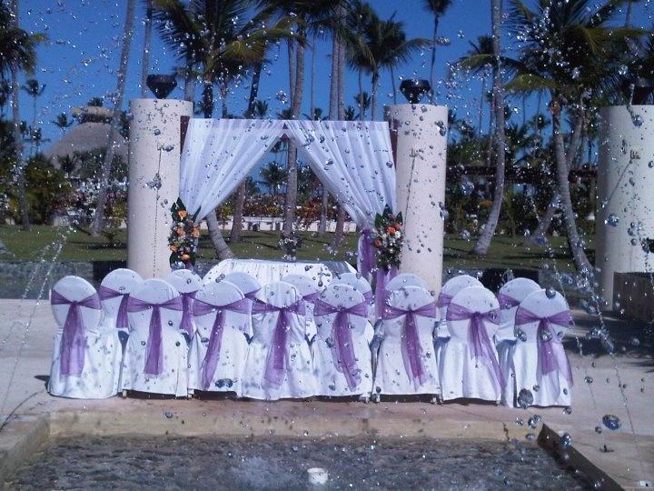 Beautiful Wedding Setup In Purple At The Fountain Now Larimar Punta Cana