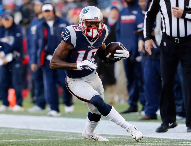 FOXBORO — Wide receivers Malcolm Mitchell and Chris Hogan were part of a seven-player group that were listed as limited in Wednesday's practice for the