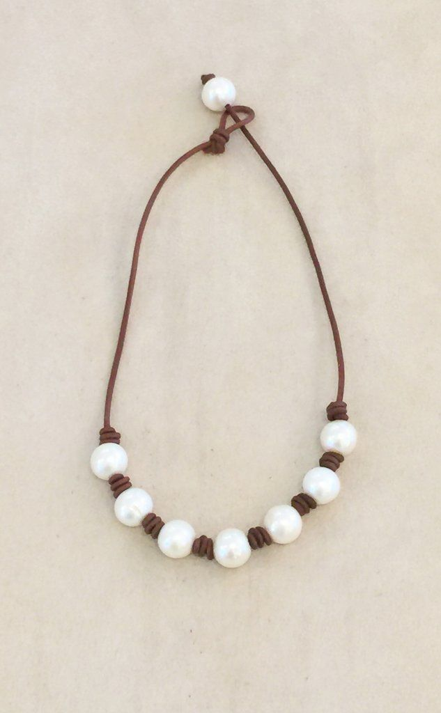The New Classic Pearl Necklace – crafts // diy // art
