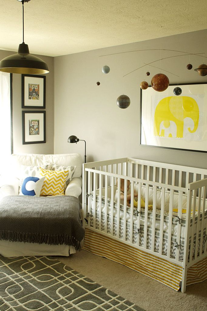We love that the changes made to this baby boy nursery after he became a toddler. Click to see the changes in this transitional nursery! #nursery #babyboy
