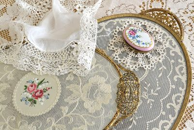 Jennelise: The Romance of LaceDecor, Ideas For, Jennelise, Crafts Ideas, Pretty Shabby, Vintage Lace, Romances, Shabby Chic, Pretty Things