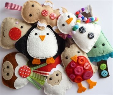 paper-and-string. SMALL Christmas Decorations. Love the snowman!!!  great for nursery tree :)
