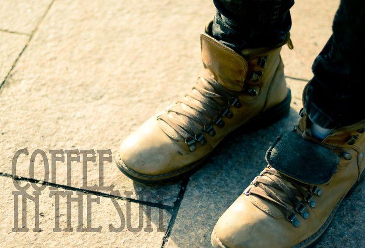 the cover is ready you only need an album now*albumborítókat vágyom készíteni. lehetőleg bakelit méretben. #cover #album #coffee #sun #sunshine #boots #shoes #photo