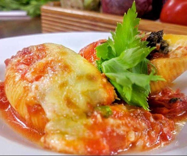 Receta: conchas rellenas de espinaca y ricotta al pomodoro - Recetas - Estilo de Vida | Teletica