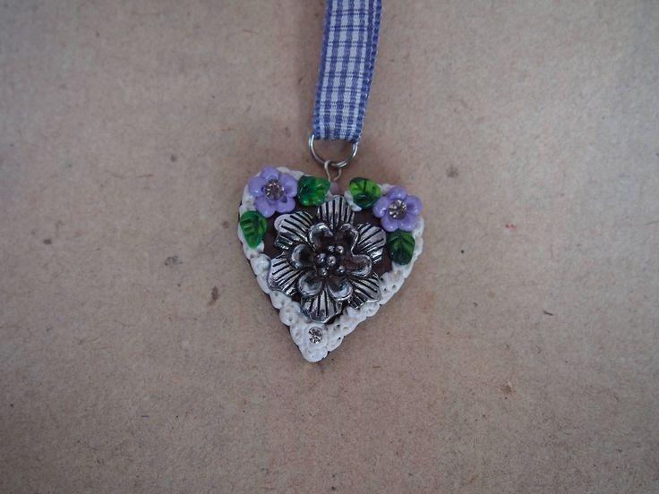 Oktoberfest Herzkette lila mit Blume von PfullingerEngele auf Etsy