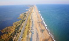 These 25 Jaw Dropping Places In North Carolina Will Blow You Away 11. It's a real two-for-one on the Outer Banks Scenic Byway. Enjoy beautiful views of the Atlantic Ocean on one side and the Pamilico sound on the other.