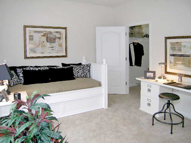 Looking for an Apartment? What you Should Know. visit http://www.abberlycrestliving.com/lexington-park-md-apartments-blog/looking-for-an-apartment-what-you-should-know-lexington-park-md