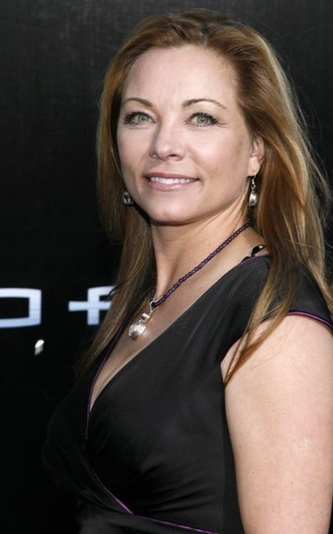 Theresa Russell - Love Comes Softly