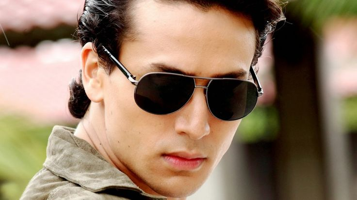 Is Tiger Shroff In Or Out Of Khalnayak Remake? :http://www.gagbrag.com/is-tiger-shroff-in-or-out-of-khalnayak-remake/