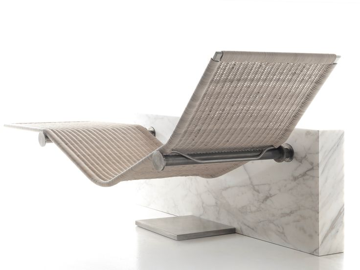 Chaise longue in midollino VIS A VIS by Kreoo design Enzo Berti