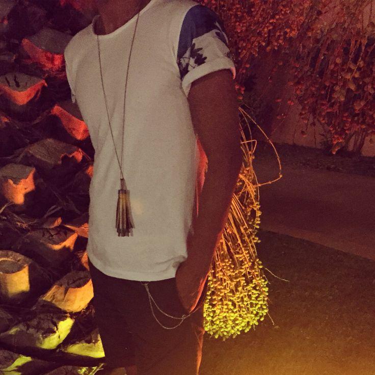 #Atmosfera giusta per #vestire #marquisandoge!!! #mand #tulle #white #tshirt #light #luce #luxurybrands #luxury #brand #holiday #noir #nappina #bermuda #shorts #sun #instagood #instalike #instafollow #instalove #instafashion #happy #enjoy