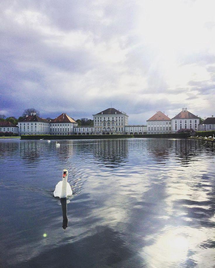 Nymphenburg  - #munich #münchen #belekaj #godej #rajza #munchen #wiosna #germany #deutschland #niemcy #frühling #podróż #zwiedzamy #bayern #bawaria #bavaria #nymphenburg #schloss #schlossnymphenburg #blogtroterzy #blogpodrozniczy #travelblog #podróże #podroze #travel #monachium #topgermanyphoto #munichcity #instamunich #ig_germany