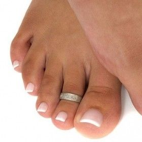 Cute French tip toe nail art.