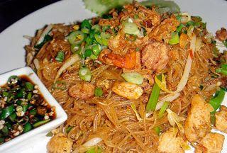 Resep Cara membuat bihun goreng http://resepjuna.blogspot.com/2016/04/resep-bihun-goreng-sederhana-ala-juna.html masakan indonesia