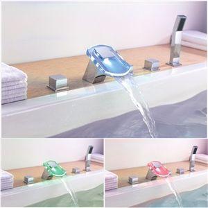 Couleur changeante LED hydroélectrique cascade robinet de baignoire avec douche à main - finition chromé