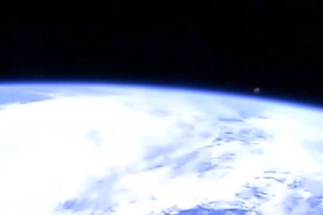 UFO Spotted By NASA. Then Live Feed Gets Cut From International Space Station!  #alien #conspiracy #NASA #spacestation #ufo