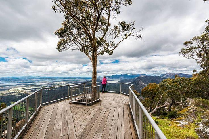 Boroka Lookout, the Grampians, VICTORIA. Australia