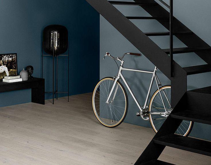 Har du lenge tenkt at det hadde vært fint med et rom (eller flere) i en blåfarge? Se de nye vakre blåfargene fra LADY, Industrial Blue, Dusky Blue...