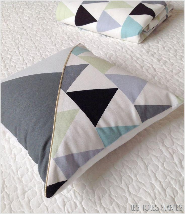 coussin 30x30 inspiration scandinave imprim graphique pu riculture par lestoilesfilantes. Black Bedroom Furniture Sets. Home Design Ideas
