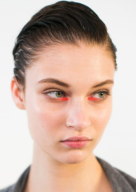 Runway Beauty: 60s Bright Eye at Peter Som Spring/Summer 2015 #beauty #wildaboutbeauty
