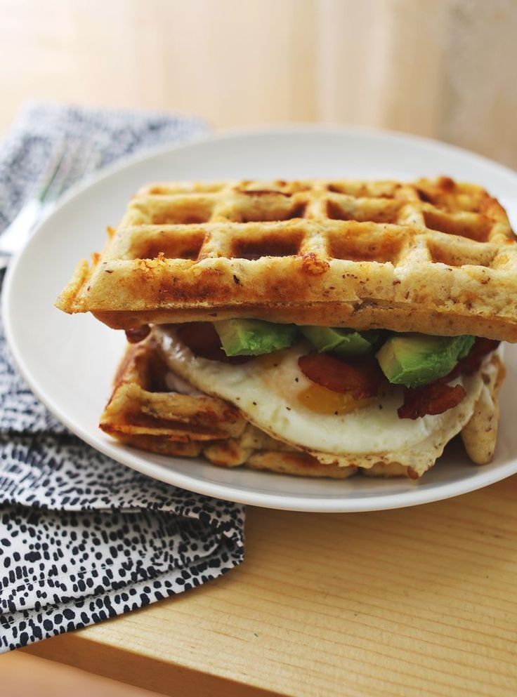 Cheddar Waffle Breakfast Sandwich (click through for the recipe!)...How have I never thought to do this?!