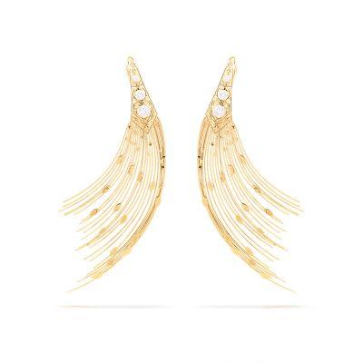 Brincos Fios 18K and diamond earrings from Silvia Fumanovich