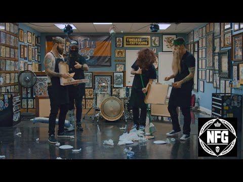 """Veja o clipe de """"Vicious Love"""", do New Found Glory em parceria com Hayley Williams #Clipe, #Música, #Nome, #Novo, #NovoSingle, #Single, #Vídeo http://popzone.tv/veja-o-clipe-de-vicious-love-do-new-found-glory-em-parceria-com-hayley-williams/"""