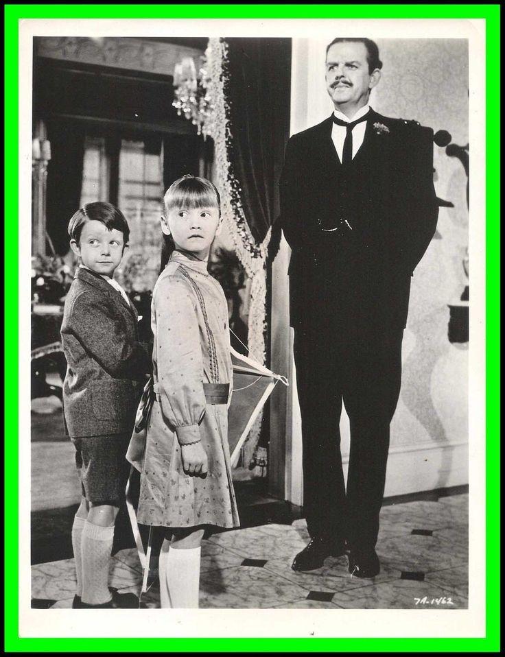 """Karen Dotrice Matthew Garber David Tomlinson in """"Mary Poppins"""" Original 1964"""